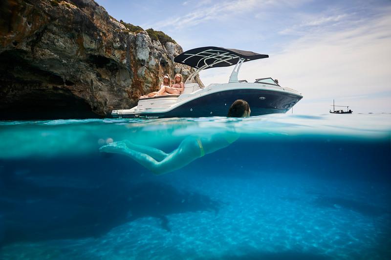 2020SDX-270-lifestyle-boat (1).jpg