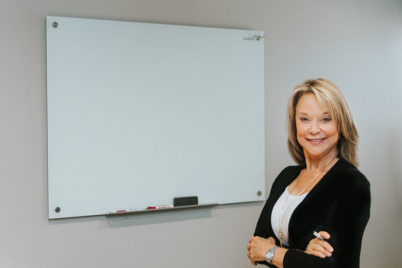 Lynn Consultant