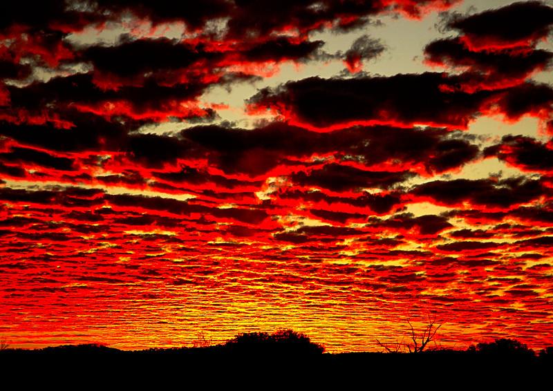 Image Title: Sunset over Mt Magnet.  Image No. kee0418b