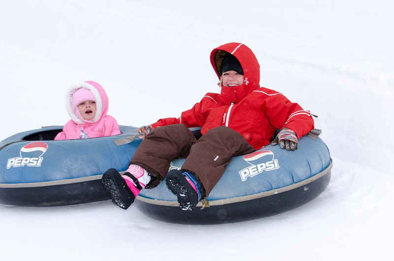 Opening-Day-Tubing-2014_Snow-Trails-70967.jpg
