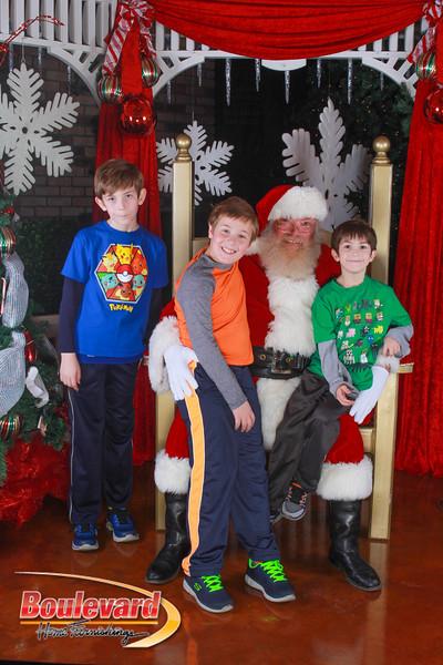 Santa 12-10-16-117.jpg
