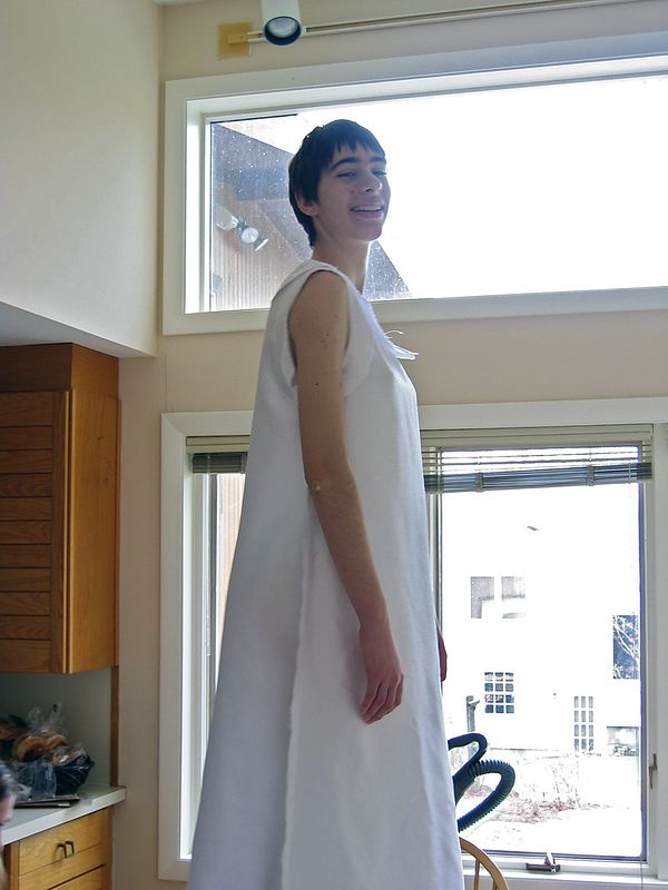 Beth gets her costume hemmed   (Jan 4, 2004, 11:47am)