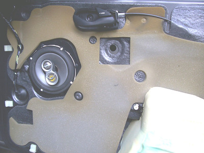 2002 Ford Focus ZX5 (hatchback) Front Speaker Installation