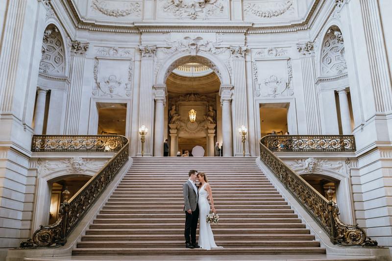 2018-10-04_ROEDER_EdMeredith_SFcityhall_Wedding_CARD1_0158.jpg