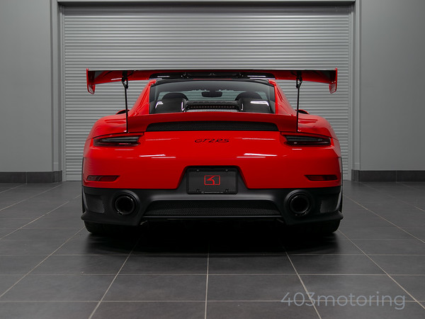 '18 911 GT2 RS Weissach Package - Guards Red