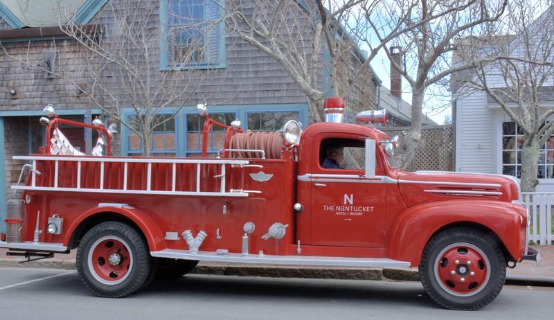 2017 nantucket fire truck side .jpg
