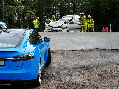 Trafikolycka 2 bilar rv 30 norr Lammhult