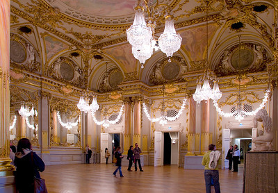 Musée d'Orsay, The Salle des Fêtes, which was the former ballroom of the old Hôtel d'Orsay, which was part of the original railway station, the Gare d'Orsay, which when renovated became the Musée d'Orsay in 1986