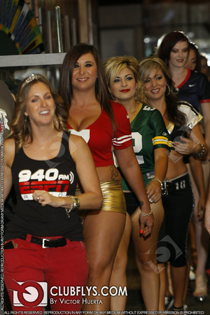2014-08-16 [Miss 940 ESPN, Club One Casino, Fresno, CA]