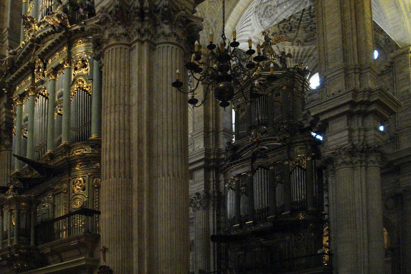 Dueling Organs Cathedral.jpg