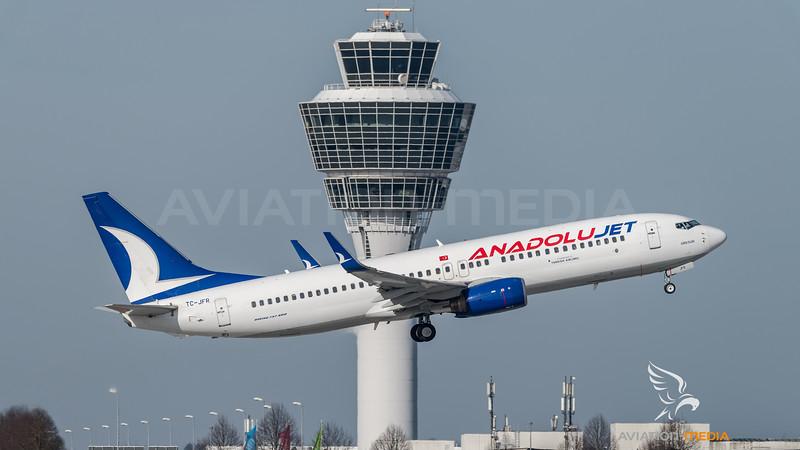 AnadoluJet / Boeing B737-8F2(WL) / TC-JFR