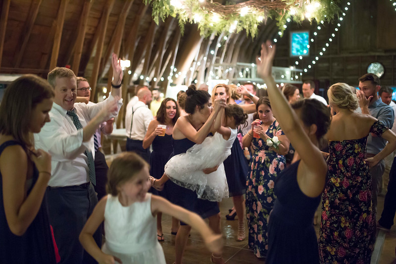 Garrett & Lisa Wedding (777).jpg