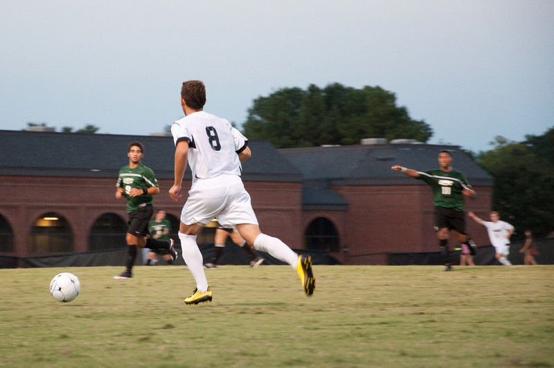 100915GWU_boys_soccer_37.jpg