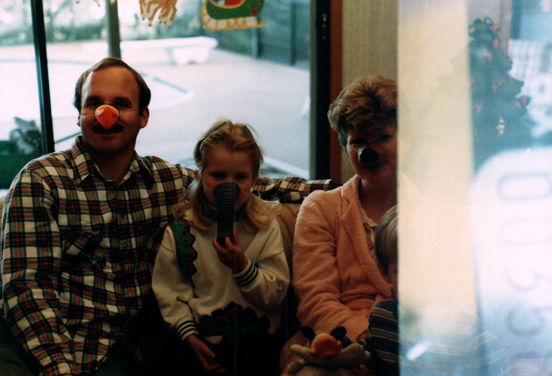 1986_December_Life_in_Longwood_0001_a.jpg