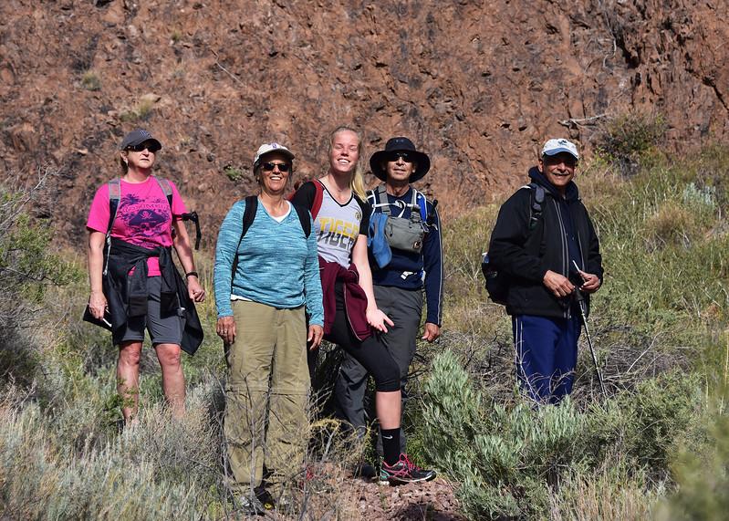 NEA_0972-7x5-Hikers-Chupadera.jpg