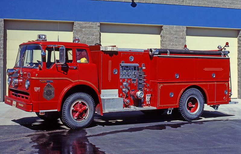 PARKER CO E 007 74 FORD C900 HOWE 9 27 1981_ShaunRyan.JPG