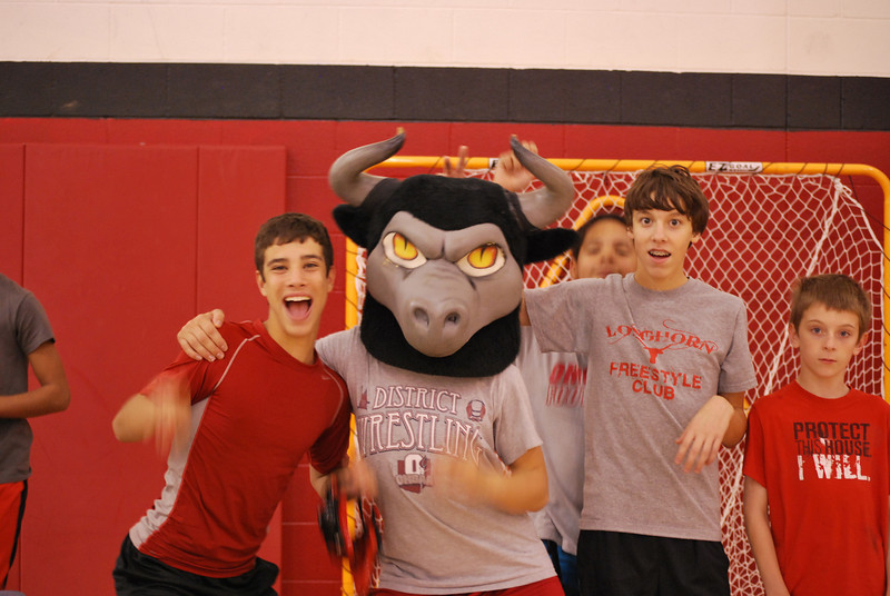 Ken-Chertow-Wrestling-Camp-at-Lutheran-West-Current-and-future-Longhorns-16.jpg