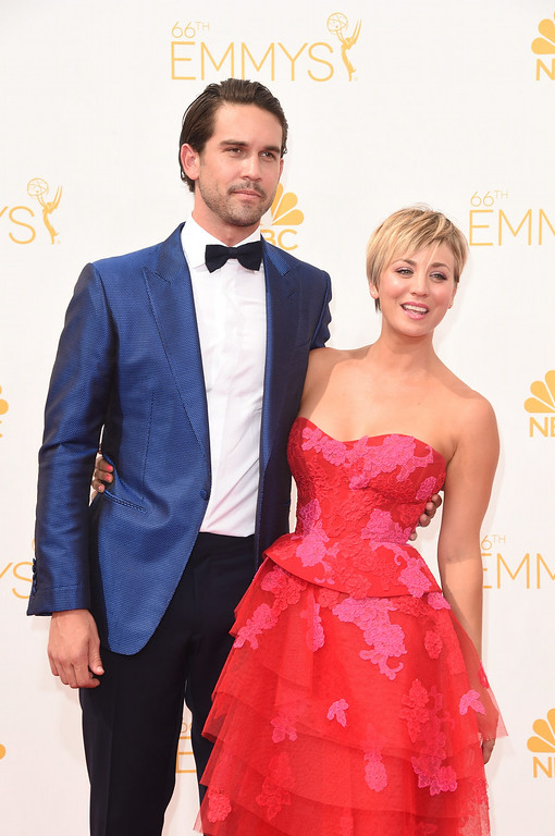 . Actress Kaley Cuoco (R) and Ryan Sweeting attend the 66th Annual Primetime Emmy Awards held at Nokia Theatre L.A. Live on August 25, 2014 in Los Angeles, California.  (Photo by Jason Merritt/Getty Images)