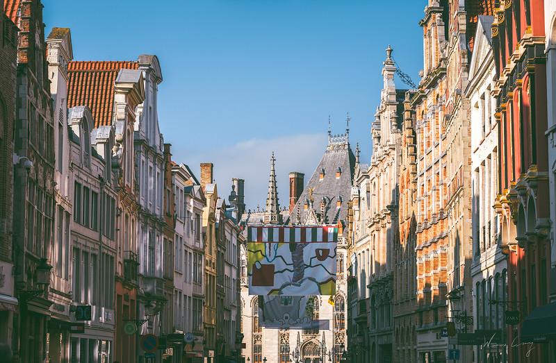 street-leading-to-market-square.jpg