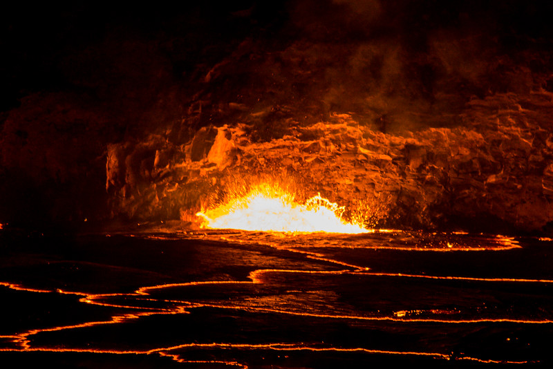 volcano eruption Halamaumau Crater LRE -3733.jpg