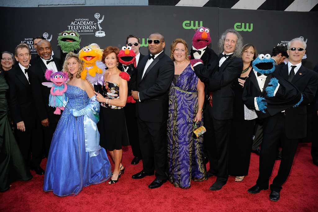 """. Cast and crew of \""""Sesame Street\"""" attend the 36th Annual Daytime Emmy Awards at The Orpheum Theatre on August 30, 2009 in Los Angeles, California.  (Photo by Frazer Harrison/Getty Images  (Photo by Frazer Harrison/Getty Images)"""