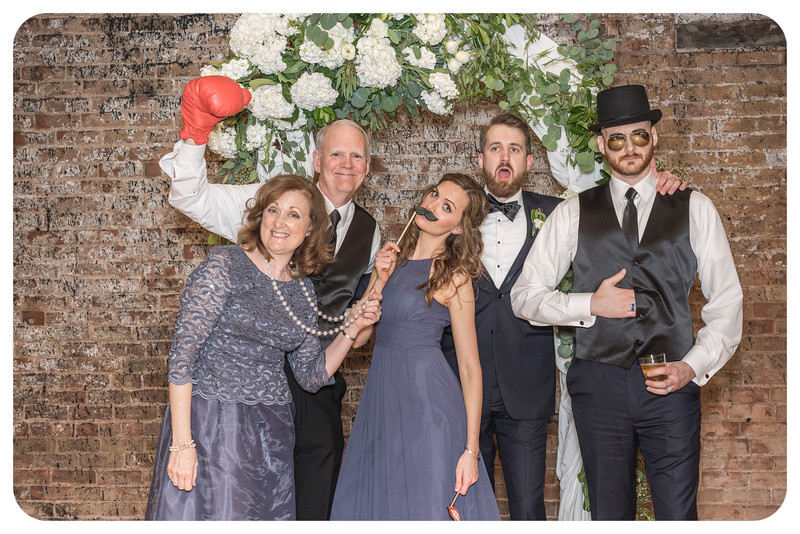 Laren&Bob-Wedding-Photobooth-186.jpg