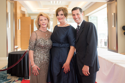 WHW's Annual Luncheon and Fashion Show