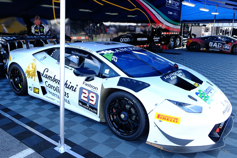 Lamborghini Huracan GT3 02.jpg