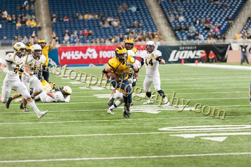 2014 Clarkston Varsity Football vs. Saline 651.jpg