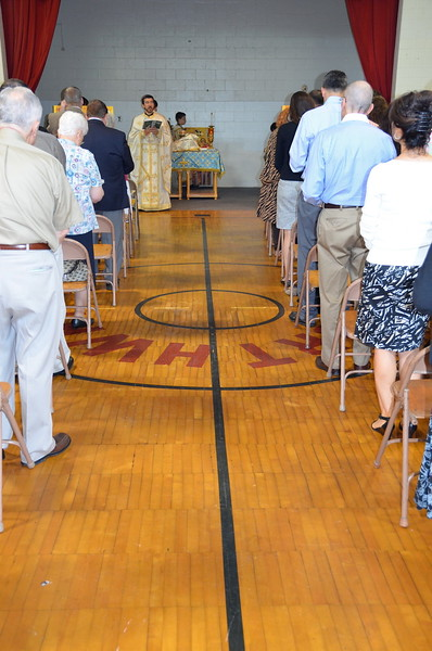 2011-06-26-First-Liturgy-at-Browns-Lane_005.jpg