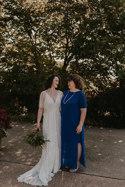 Bride Family Portraits-17.jpg