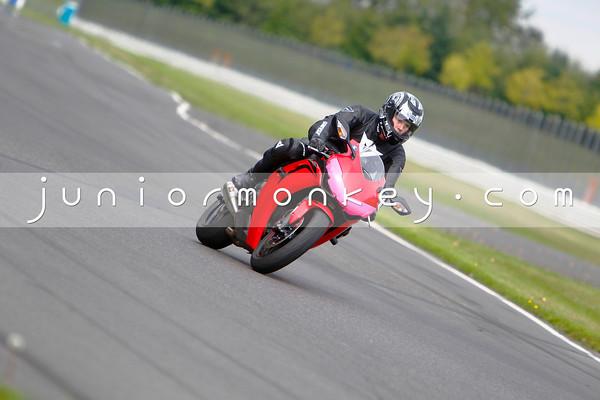 Honda CBR1k - Red