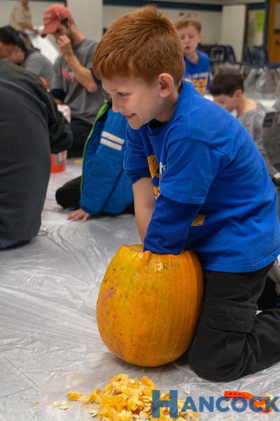 Cub Scout Pumpkin Carving 2018-027.jpg