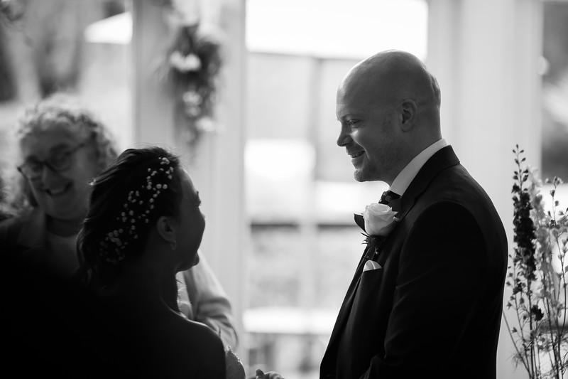 Sam_and_Louisa_wedding_great_hallingbury_manor_hotel_ben_savell_photography-0064.jpg