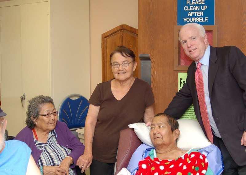 Sen McCain PVAHCS Visit 5-1-2010 5-24-35 PM.JPG
