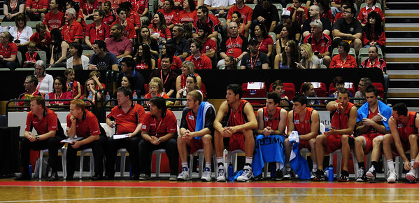 Perth Wildcats vs NewZealand Breakers 08/11/2009