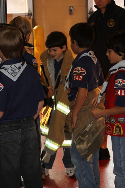 091203_Scouts_FireStation_0046.JPG