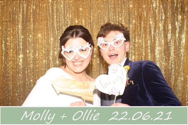 Ollie + Molly