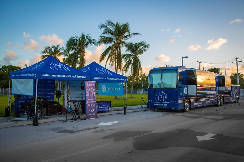 2017_11_03, Boynton Beach, FL, Galaxy Elementary, Bus, Exterior, Tents ,