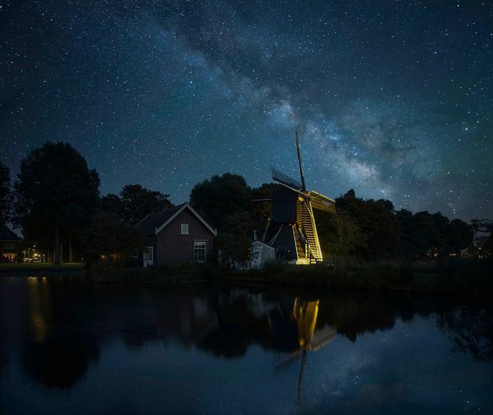 Schoterveenpolder in Haarlem by night