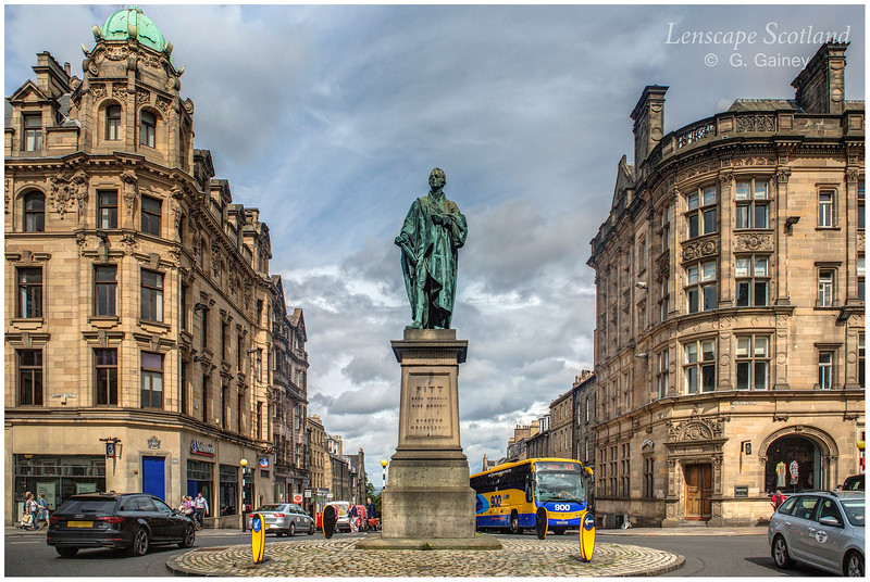 William Pitt the Younger statue at junction of George Street and Frederick Street (2)