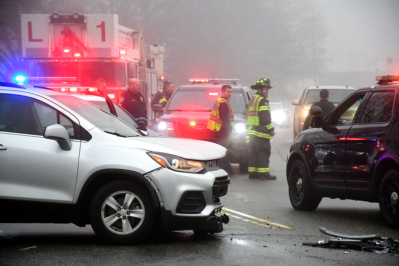 1/8/2019 Mike Orazzi | Staff The scene of a two-car crash on Executive Blvd. South in Southington Tuesday afternoon. There were no apparent injuries and both vehicles were towed from the scene.