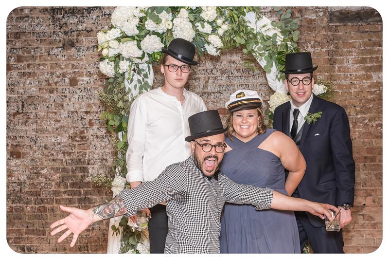 Laren&Bob-Wedding-Photobooth-173.jpg