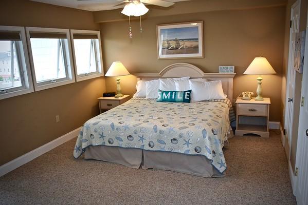 820 Ocean Ave, Grand Suite
