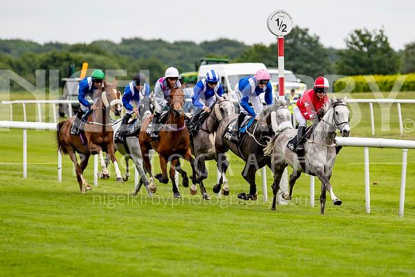 Doncaster Races - Sat 01 June 2019