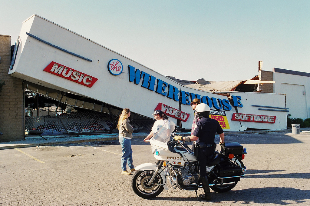 . January 17, 1994, earthquake damage at The Wherehouse record store on Tampa Avenue south of Nordhoff Street in Northridge. (Photo by Michael Owen Baker/L.A. Daily News)