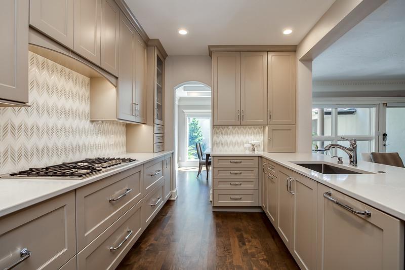 Kitchen-7 copy.jpg