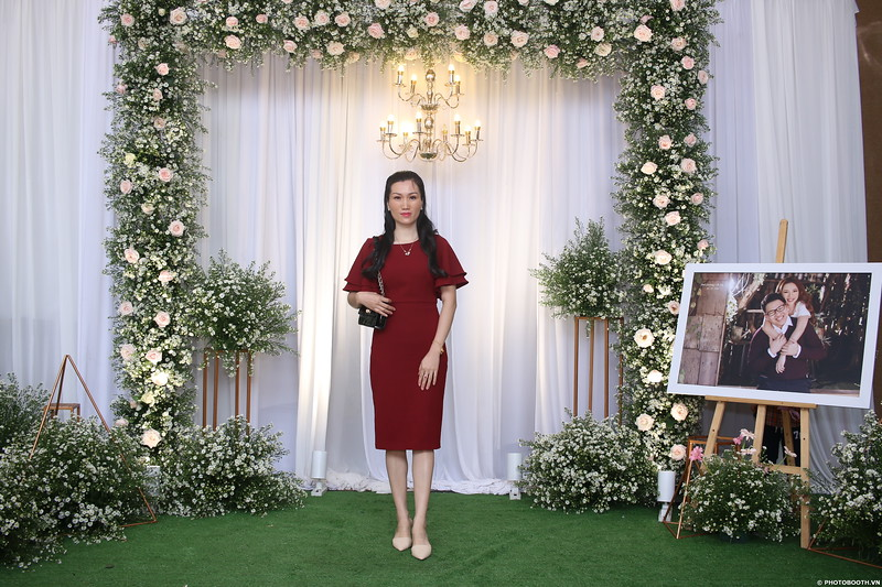 Vy-Cuong-wedding-instant-print-photo-booth-in-Bien-Hoa-Chup-hinh-lay-lien-Tiec-cuoi-tai-Bien-Hoa-WefieBox-Photobooth-Vietnam-061.jpg