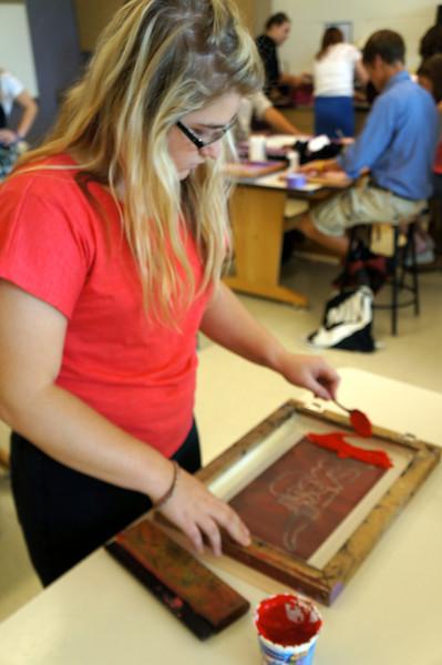 Lutheran-West-Art-Class-Silk-Screen-T-Shirts--September-2012--41.JPG