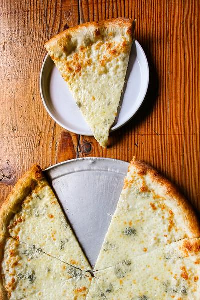 SuziPratt_Ballard Pizza Co_Bianco_003.jpg